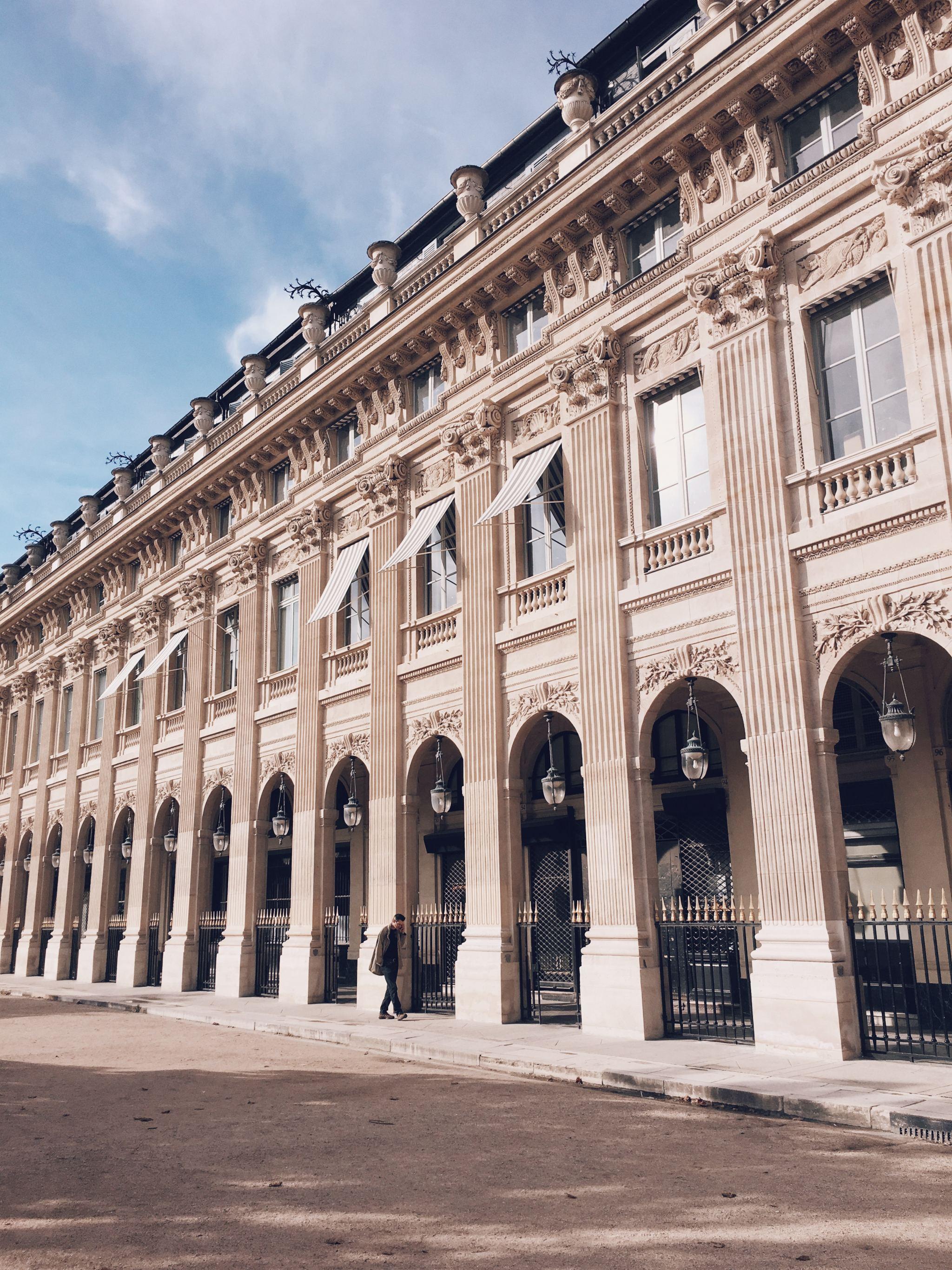 COCOA CHELSEA paris wallis jardin du palais royal