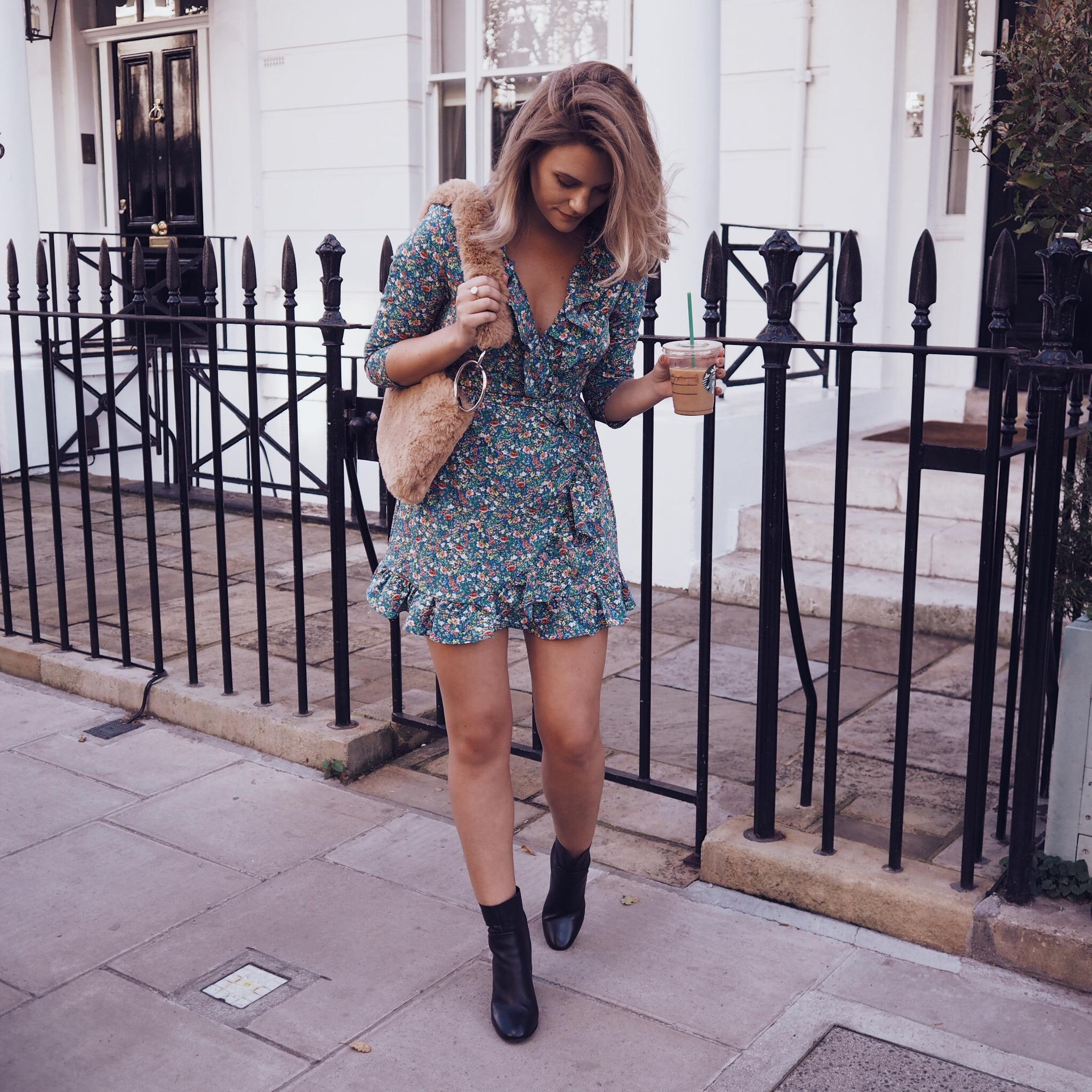 cocoa chelsea jesschamilton instagram tiptop autumn starbucks dress