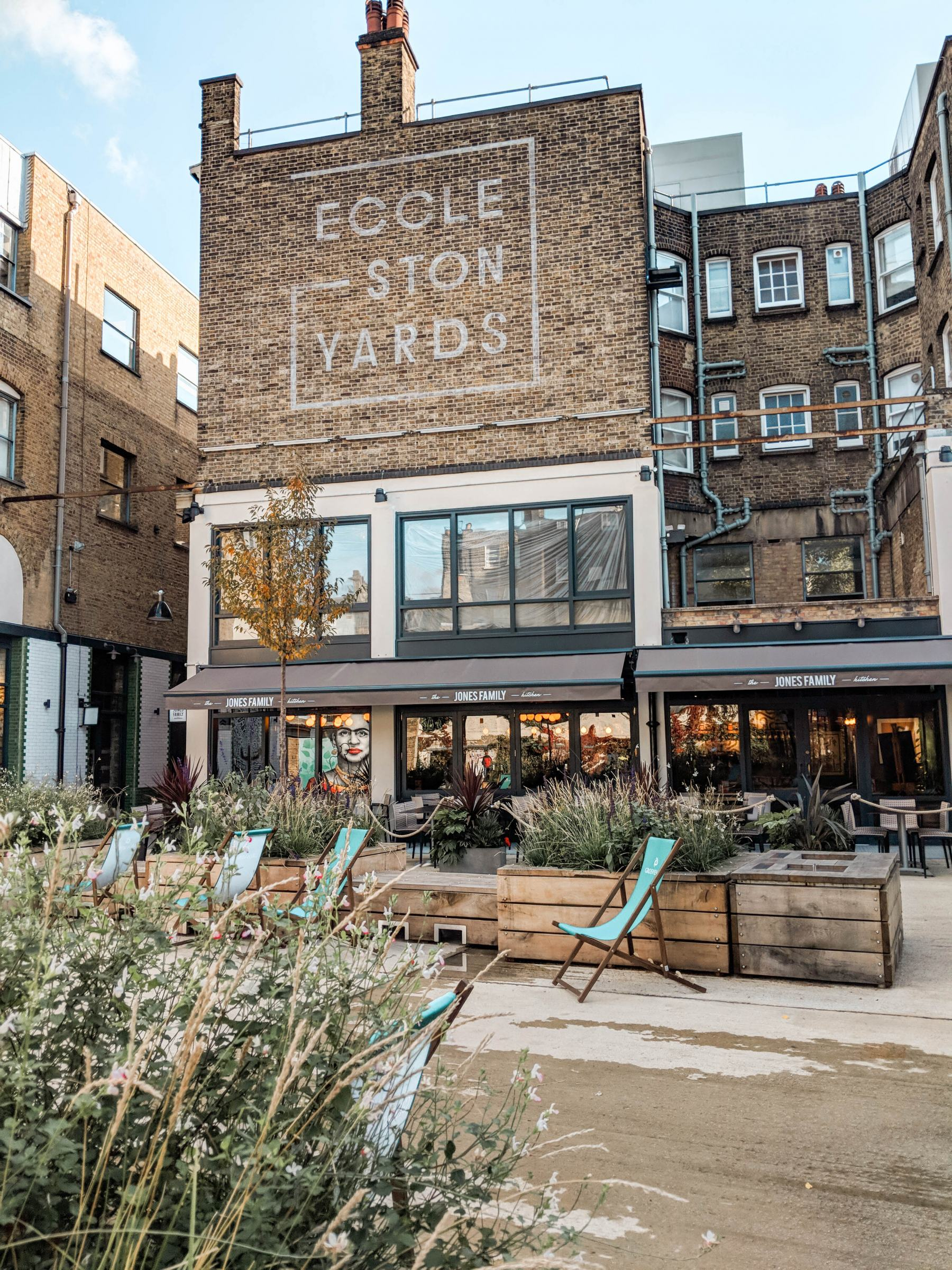instagram guide london most instagrammable eccleston yards