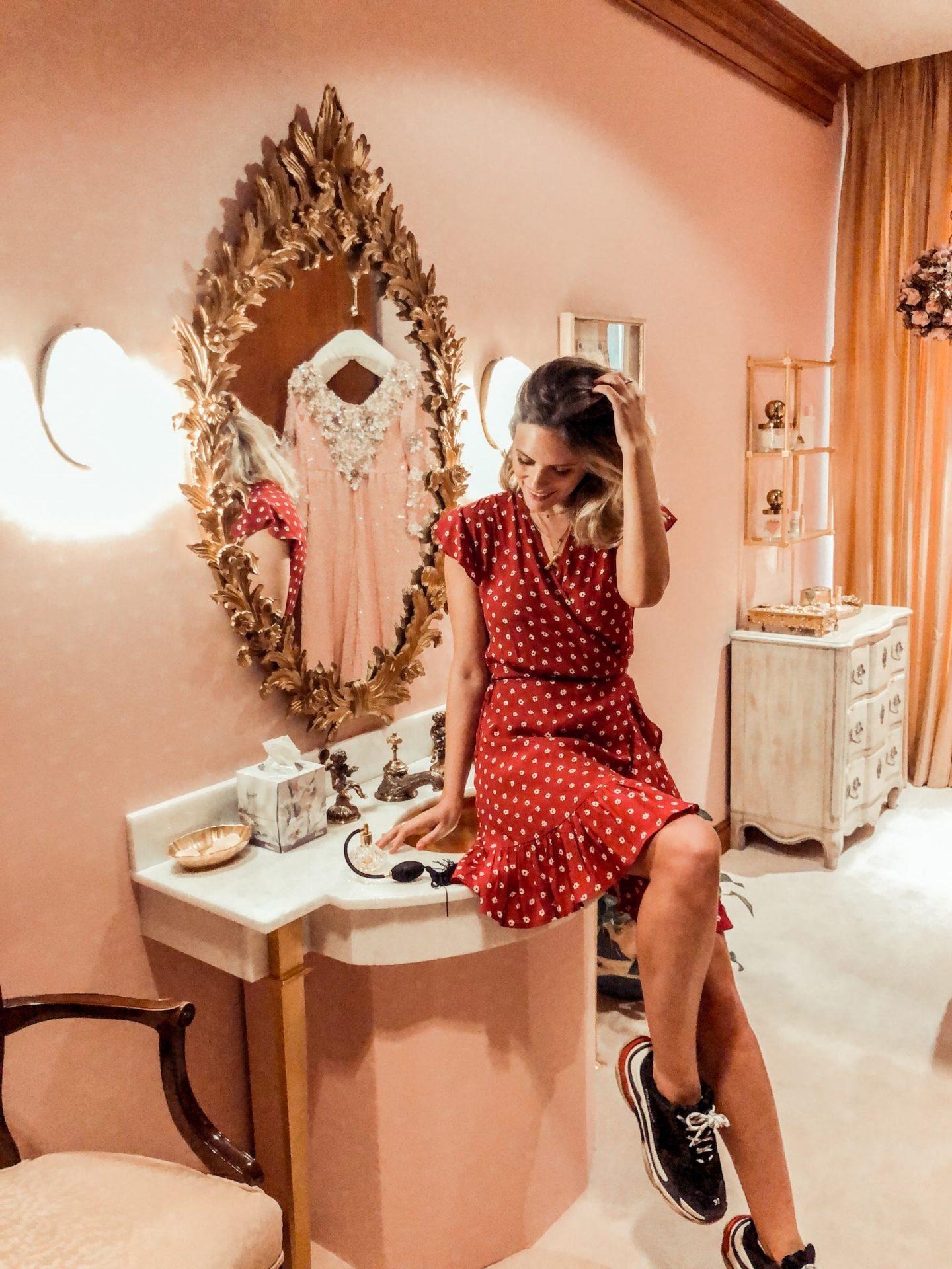 cadillac pink cute summer mary kay global beauty make up jessica chelsea cocoa texas chloe revolve pink bathroom
